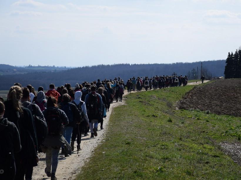 Održali planinarski križni put od Kalnika preko Carevdara do Zrinskog Topolovca