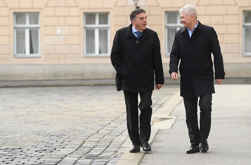 Započeo sastanak na poziv premijera Plenkovića oko suzbijanja epidemije koronavirusa