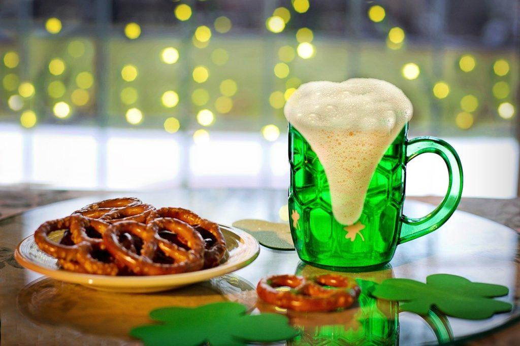 Danas je blagdan svetog Patrika; slavlja i ispijanja zelenog piva izostala usred koronavirusa