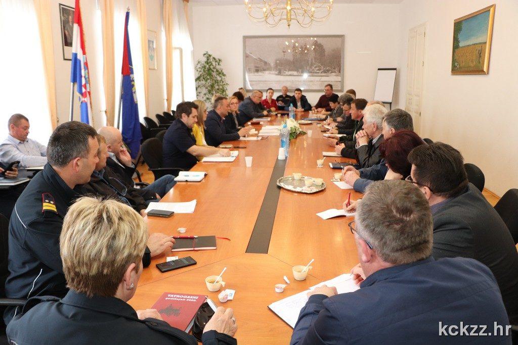 Koprivnica: Održan sastanak s načelnicima gradskih i općinskih stožera civilne zaštite