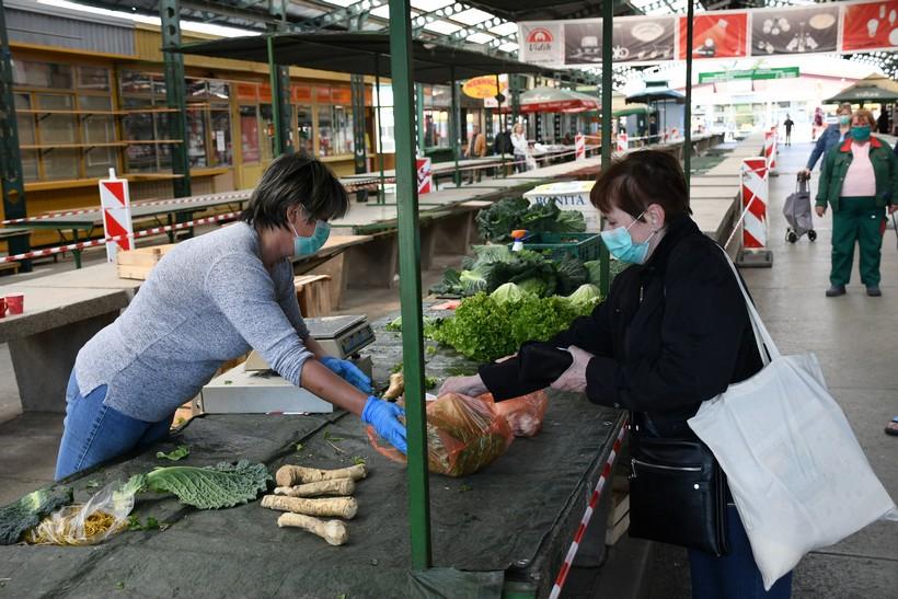 [VIDEO] Nakon dva tjedna zabrane ponovno otvorena bjelovarska tržnica