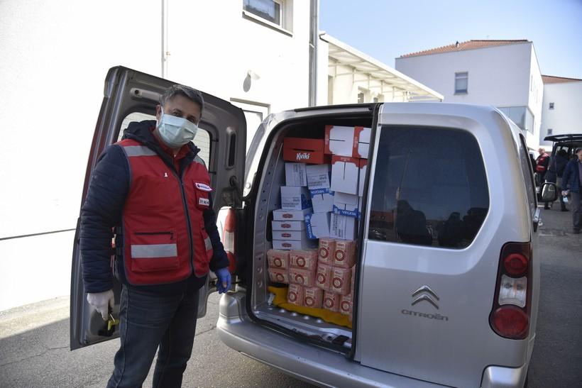 Podravka osigurala 500 paketa za najugroženije građane u županije: 'Pokazali su da su doista kompanija sa srcem'