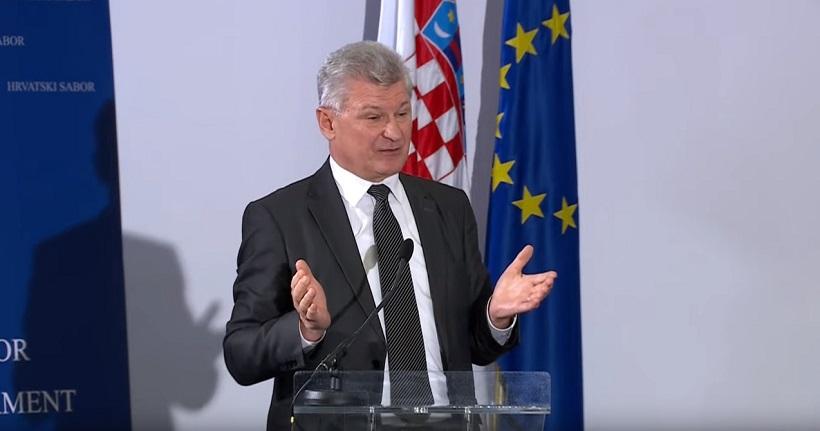 Branko Hrg: Trgovački lanci moraju imati barem 60 posto domaćih proizvoda