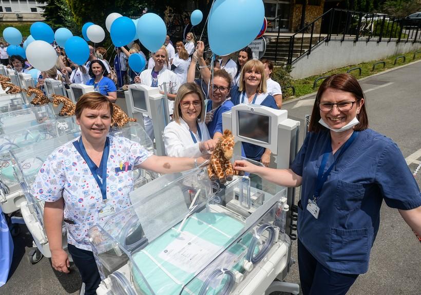 """Odjelu neonatologije u zagrebačkoj Petrovoj bolnici donirani inkubatori iz akcije """"Vratimo Palčiće u Petrovu"""""""