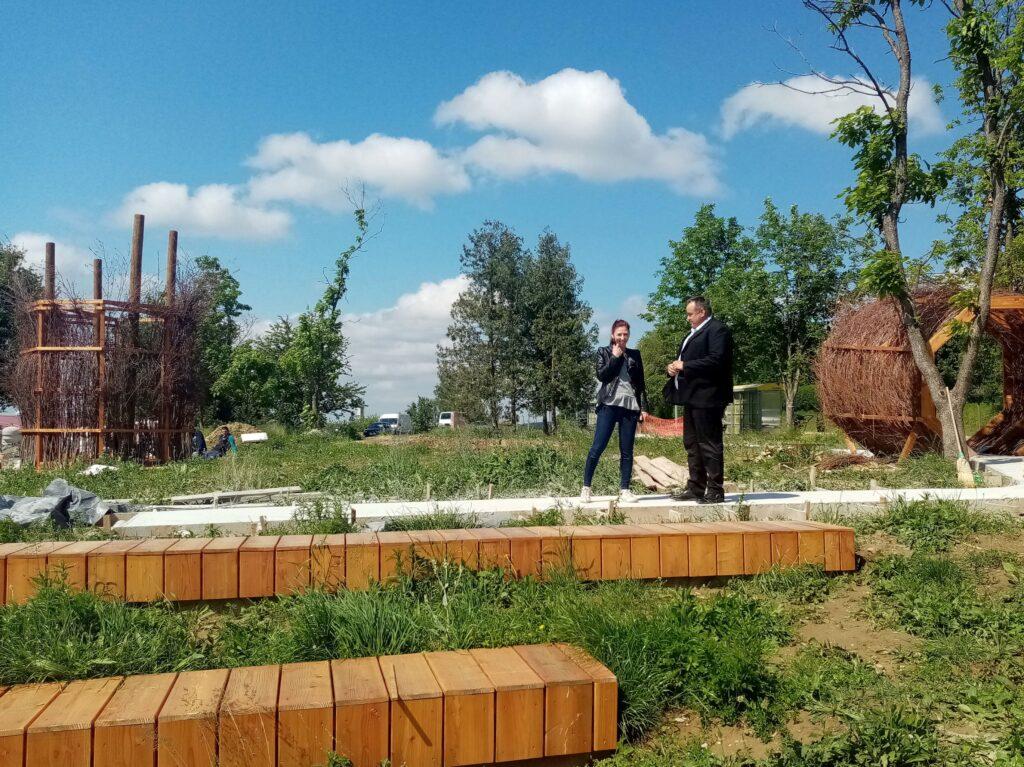 Gradonačelnik Čazme Dinko Pirak obišao radove na parku Arboretum