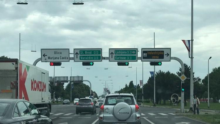 Rijetko viđamo ovaj natpis na našim cestama