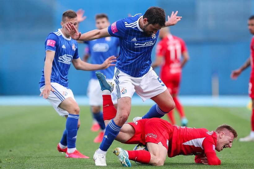 LOPTA SE ZAKOTRLJALA NA MAKSIMIRU Dinamo pobijedio Osijek