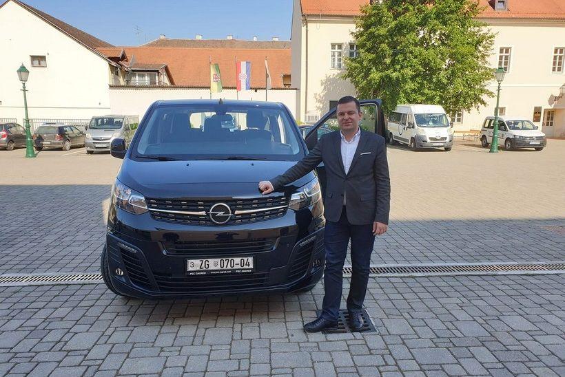 Gradonačelnik Bjelovara pohvalio se vozilom kojeg je zapravo kupila Sportska zajednica