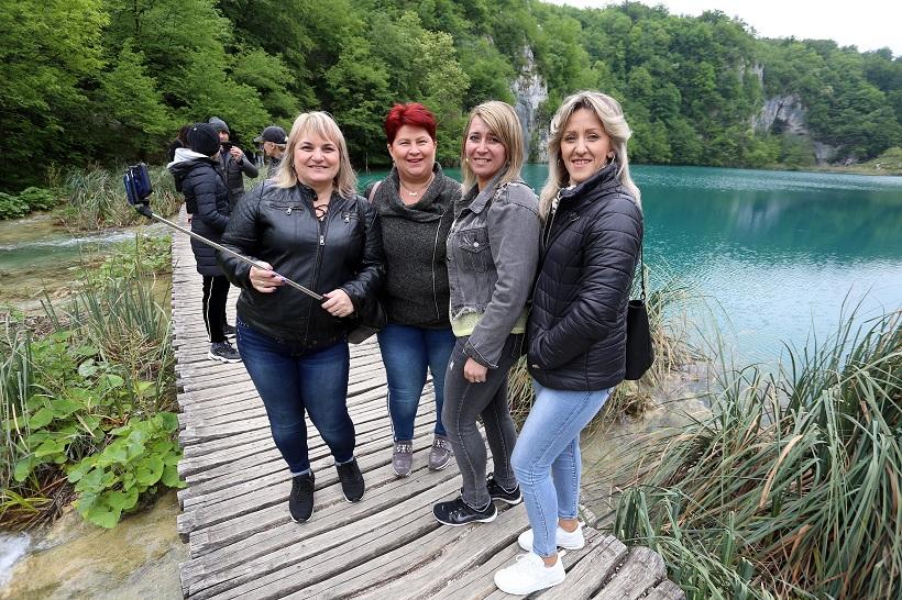 Niske cijene privukle brojne domaće turiste u Nacionalni park Plitvička jezera