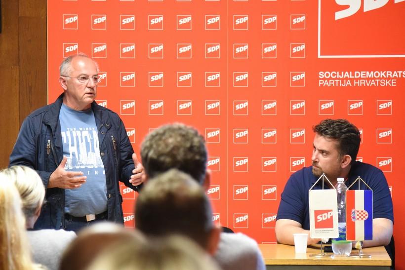 Josip Juratović, jedini Hrvat u Bundestagu, održao predavanje u Koprivnici: 'U budućnosti ćemo imati tri kategorije ljudi'