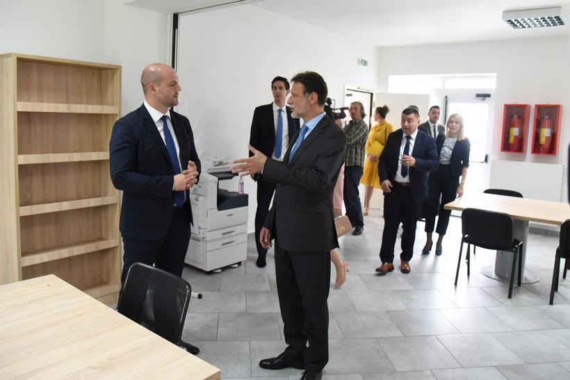🖼️ 🎦 Uz Dan općine Dubrava svečano otvoren Kulturni centar Dubrava vrijedan 4,4 mil. kuna