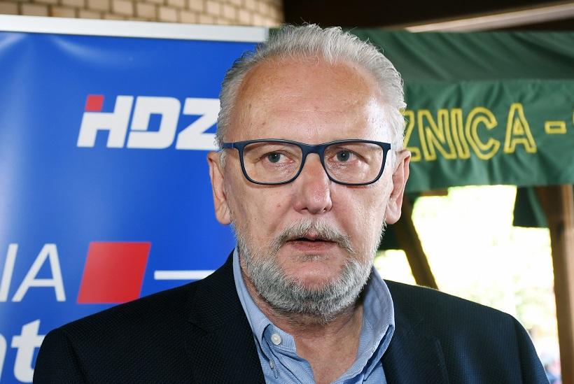 Božinović uvjeren: 'Odluke Stožera i Vlade u skladu s Ustavom i zakonom'