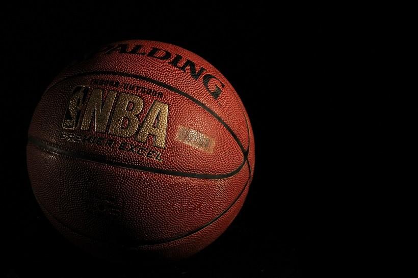 Lakersi svladali Clipperse u drami, Zupcu 15 minuta; Jazzeri slavili bezBogdanovića