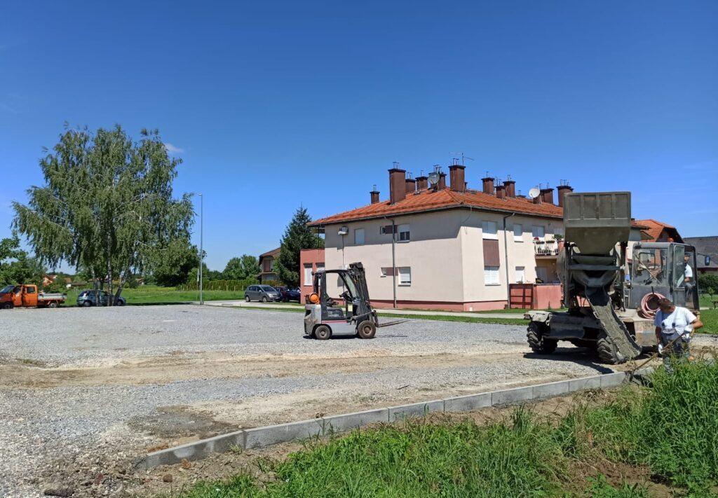 U tijeku uređenje i asfaltiranje novog parkirališta za djelatnike komunalnih tvrtki i građane