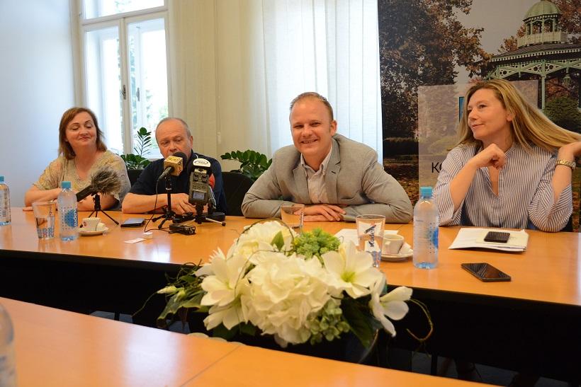 MUTNI POSLOVI Koprivnička gradska uprava i dalje ne odgovara na pitanja oko financiranja medija