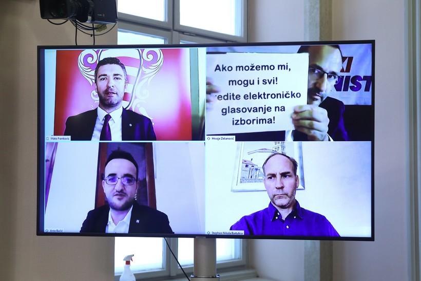 PRVI PUT U POVIJESTI Saborski zastupnici glasali video vezom