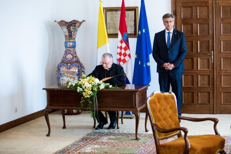 Plenković: Jozićevo imenovanje za nuncija u Bjelorusiji priznanje je i Hrvatskoj