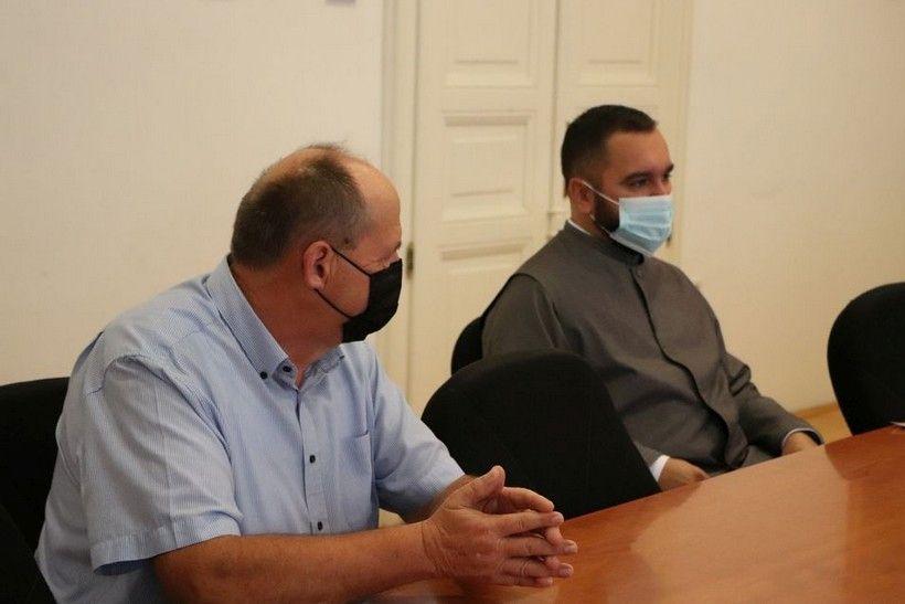 Održan sastanak na temu obnove krovišta Parohijske crkve u naselju Velika Mučna