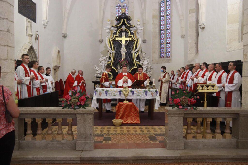 🖼️ U Križevcima svečano proslavljen blagdan Uzvišenja svetog Križa