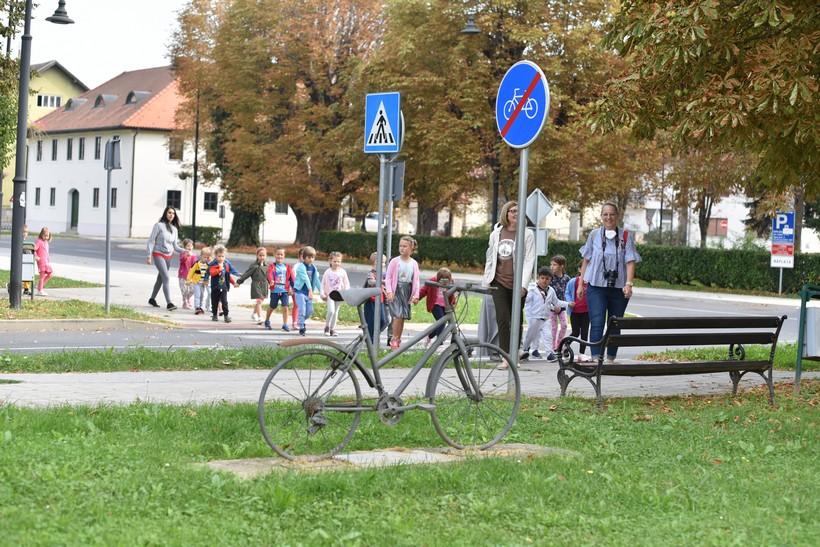 obilazak spomenika biciklu (1)