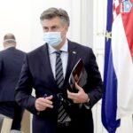 Plenković poručio da će se s porastom oboljelih i umrlih od Covida-19 pooštravati epidemiološke mjere
