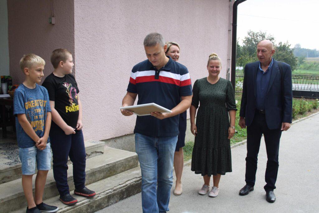 Škola u Banovu ima novi krov, a osposobljena je i dodatna učionica