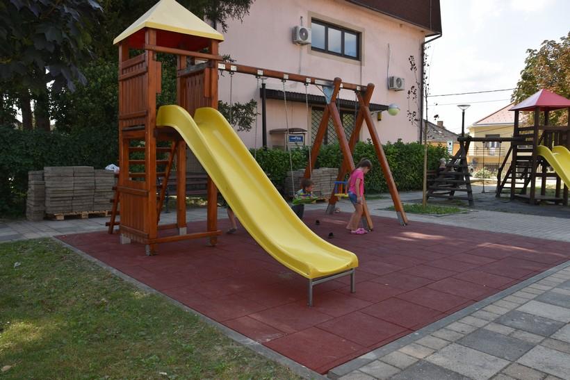 Uređuju dječja igrališta na području Grada Sveti Ivan Zelina