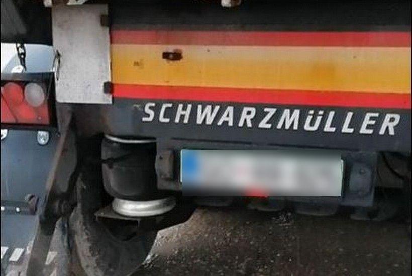 🎦 Mještani Donjeg Črnčevca otkrili kamion stranih tablica i sumnjivog sadržaja