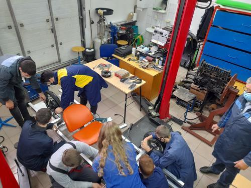 Učenici Strukovne škole Đurđevac intenzivno rade na novom solarnom vozilu