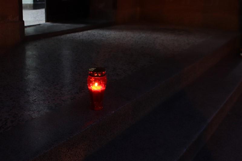 🖼️|🎦 Upaljen lampion ispred kina u Križevcima