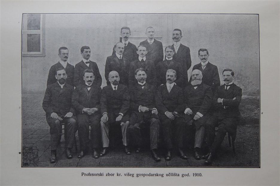 05-profesorski-zbor-1910_resize