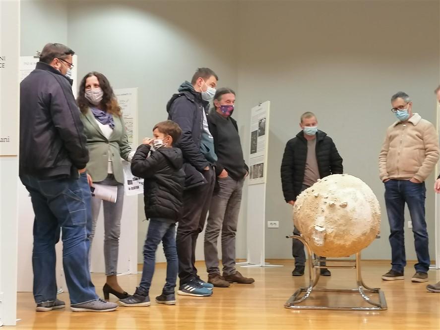 Impaktori, impakti, impaktni krateri i njihove posljedice u Turističko-informativnom centru u Križevcima