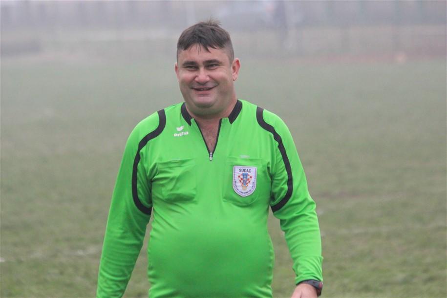 Nogometni sudac Davor Anušić nakon ozljede ponovo na travnjacima
