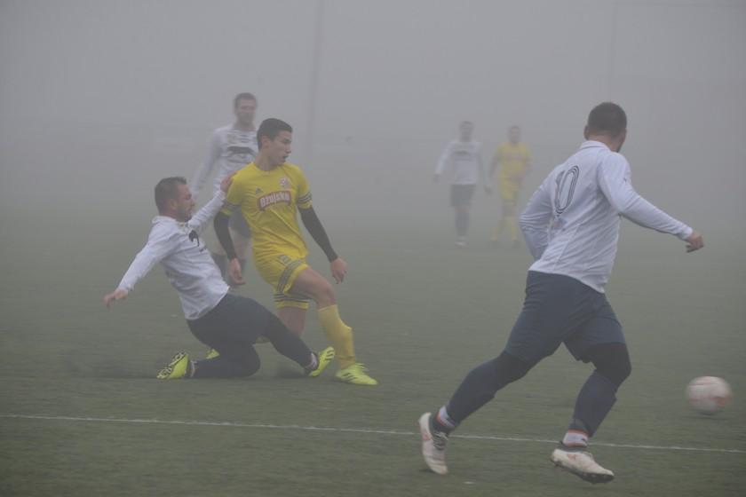 [FOTO/VIDEO] Prvenstvena utakmica između Lonje i Dubrave završila prijateljski – bez pobjednika