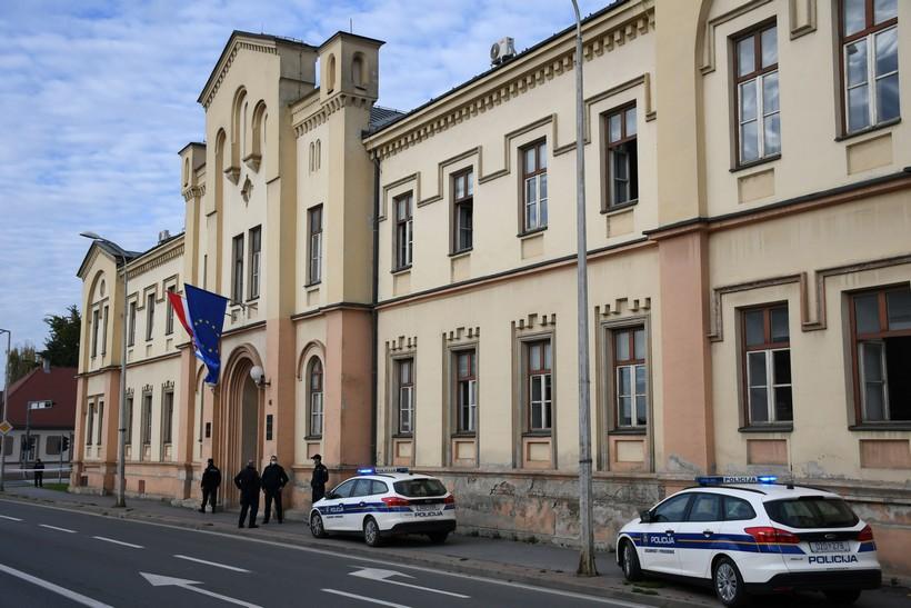 🎦 Policija objavila saznanja o dojavljenoj bombi na bjelovarskom sudu