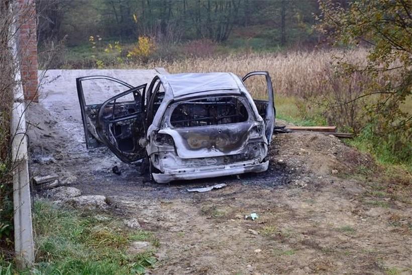 Dovršen očevid nad požarom automobila: 'Pronađeno tijelo izgorjelo do neprepoznatljivosti'