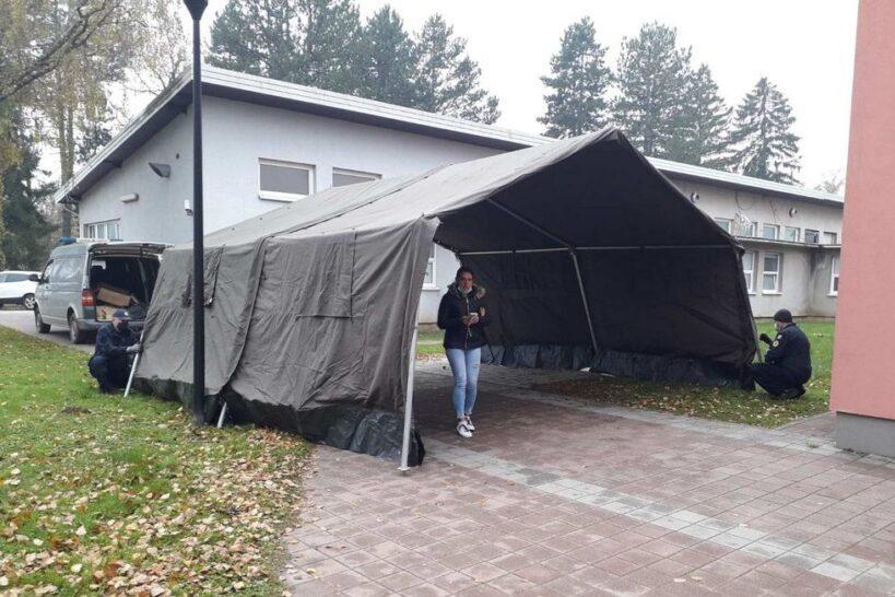 Trijažni šator Križevci (2)
