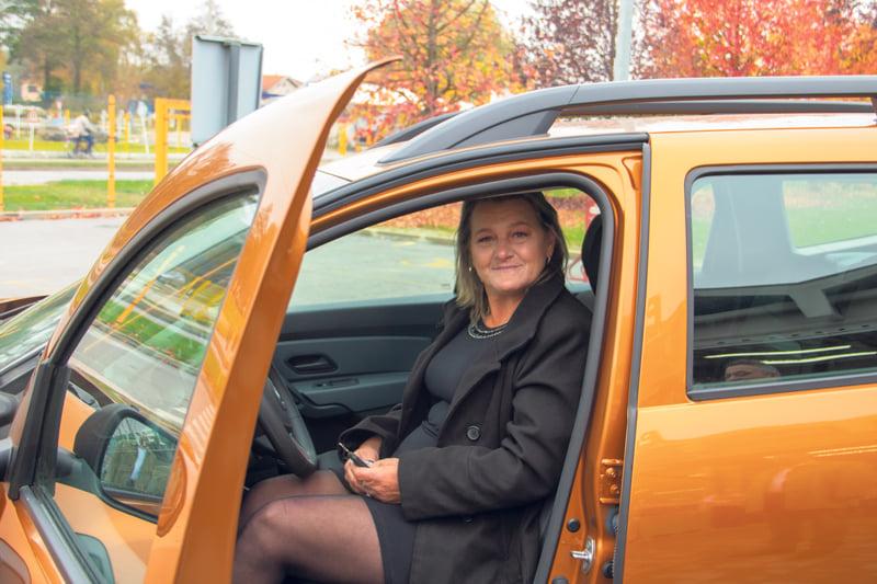 Anica preuzela ključeve i odvezla se u novom automobilu Dacia Duster Essential 1.0 TCE
