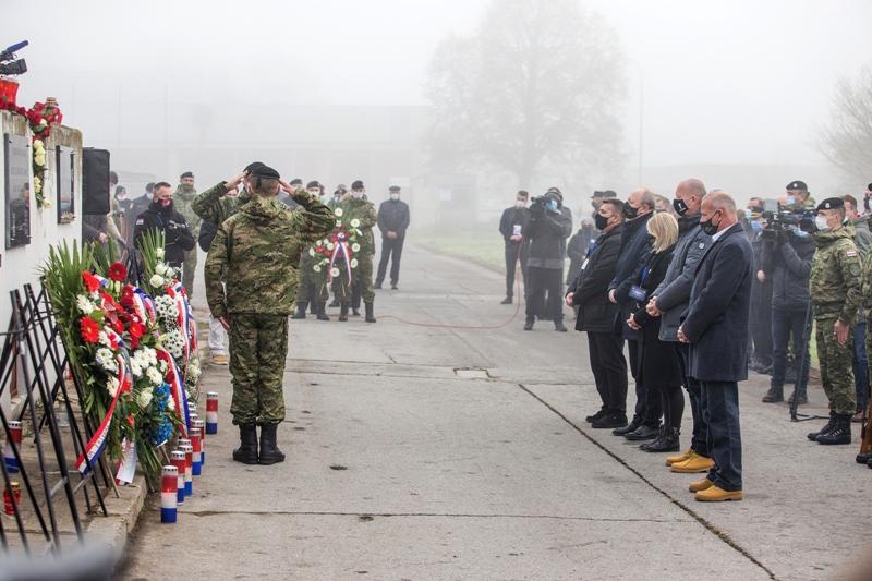Obilježena 29. godišnjica stradanja branitelja i civila u Borovu naselju u Domovinskom ratu