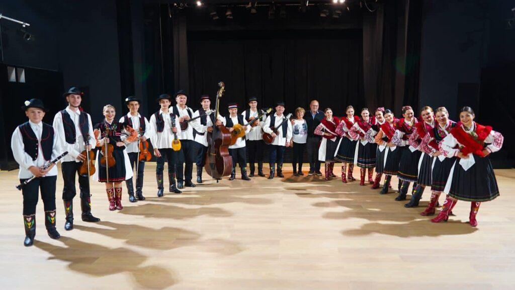 Tamburaško-violinistički sastav Folklornog ansambla Koprivnica pod ravnanjem Stjepana Fortune osvojio zlatnu plaketu