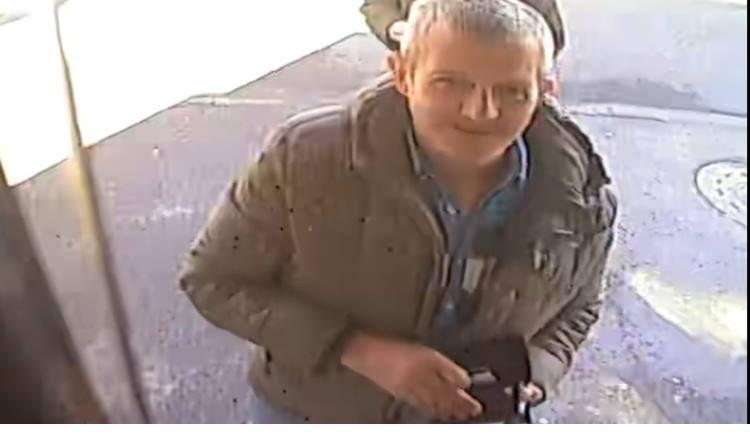 POLICIJA TRAŽI POMOĆ 'Prepoznajete li ovog muškarca?'