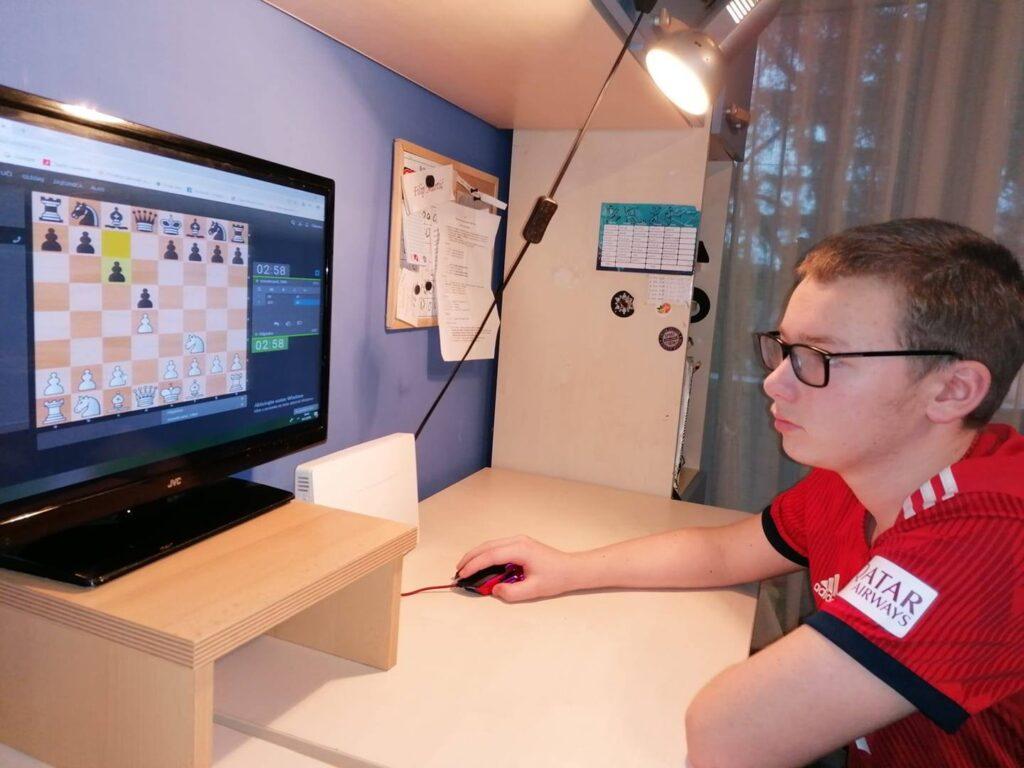 ŠAH – 3. ekipni online šahovski turnir za mlade KASPAROV FOUNDATION – Križevčanin Filip Martić najbolji