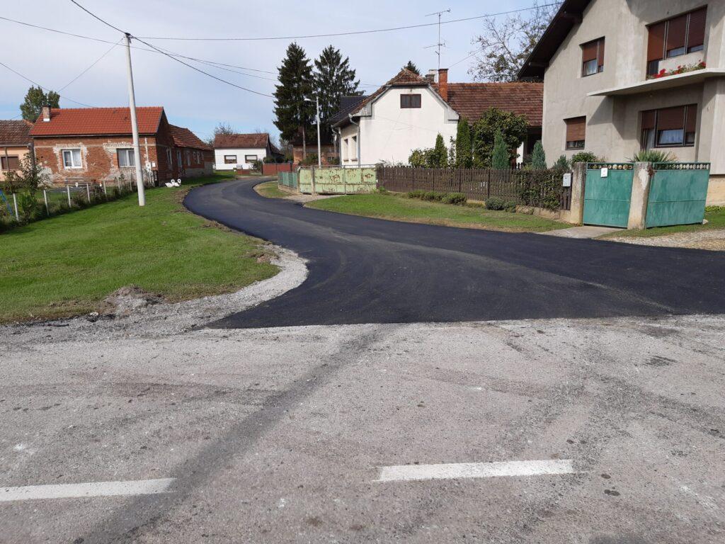 Asfaltirane nerazvrstane ceste u naselju Pustakovec