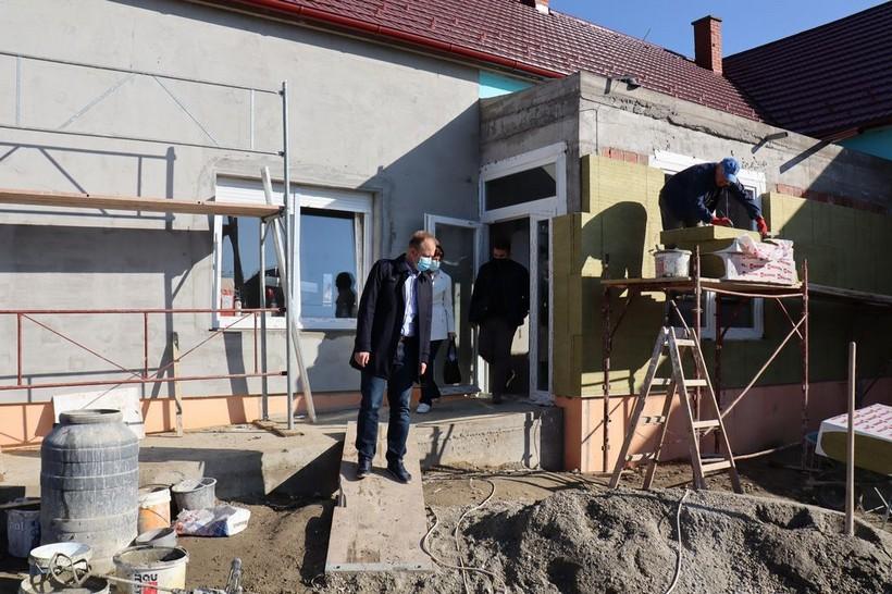 Radovi na koprivničkoj PŠ Vinica: 'Privodimo kraju investiciju vrijednu više od milijun kuna'