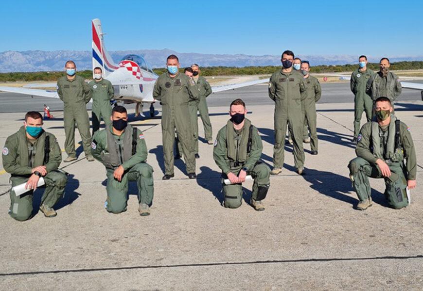 MORH: Prvi samostalni letovi kadeta-pilota na Pilatusu PC-9M