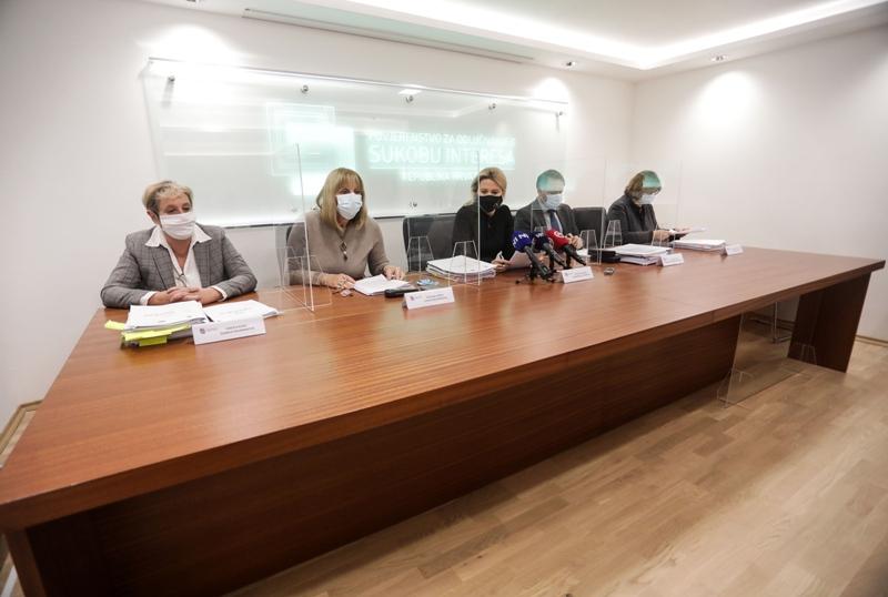 Povjerenstvo: Kažnjen kninski gradonačelnik, postupci protiv Kovačevića i Vidović