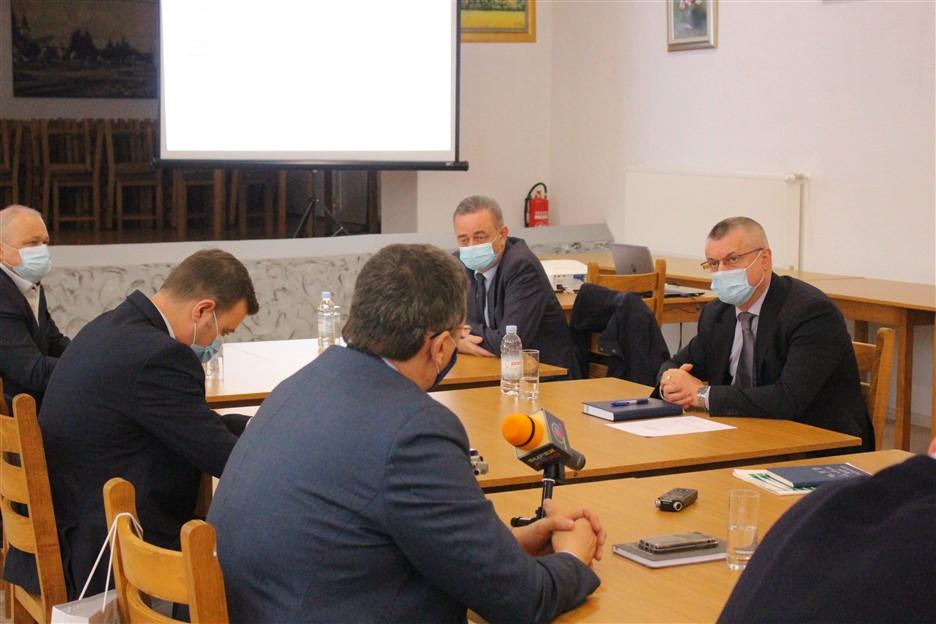 Na vodoopskrbnom području Vodnih usluga Križevci uloženo preko 21 milijun kuna; Načelnik Bošnjak: U četiri godine uložili smo preko 13 milijuna kuna u vodoopskrbu
