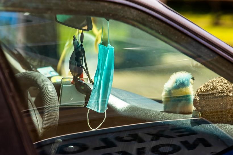Kako se sigurno voziti u automobilu u doba koronavirusa