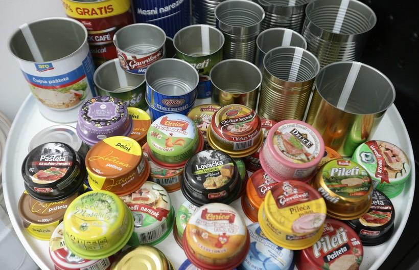 Pronašli sumnjivca za krađu raznih konzervi hrane u vrijednosti nekoliko desetaka kuna
