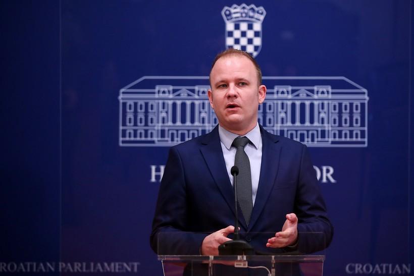 SDP traži da se spolno uznemiravanje goni po službenoj dužnosti; Jakšić: 'Danas svaki takav slučaj kreće s presumpcijom je li kriva žrtva'